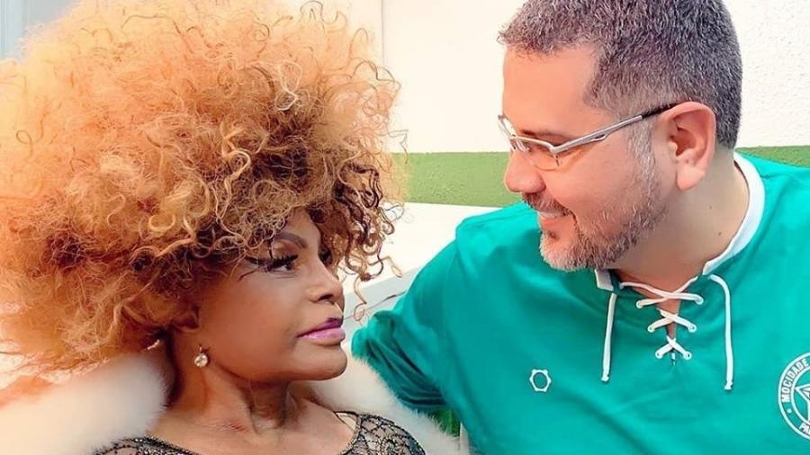 Carnavalesco Jack Vasconcelos usou como referência a biografia de Elza Soares, escrita por Zeca Camargo - Divulgação