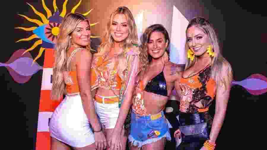 Da esquerda para a direita: Hariany Almeida, Isabella Cecchi, Carol Peixinho e Paula Von Sperling no Camarote Salvador - Thiago Duran/AgNews