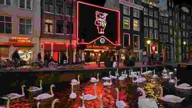 A frente do Casa Rosso, do distrito da Luz Vermelha, em Amsterdã - Divulgação - Divulgação