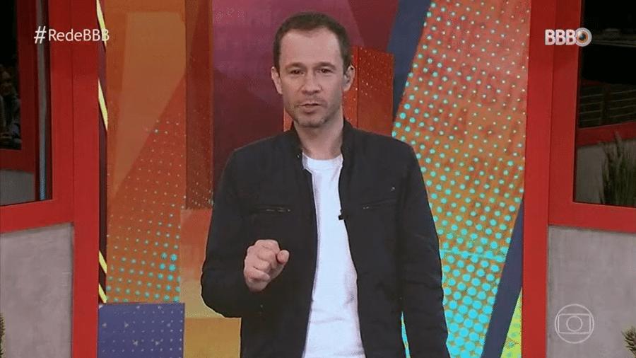 BBB 21: Tiago Leifert brinca com Caio - Reprodução/Globoplay