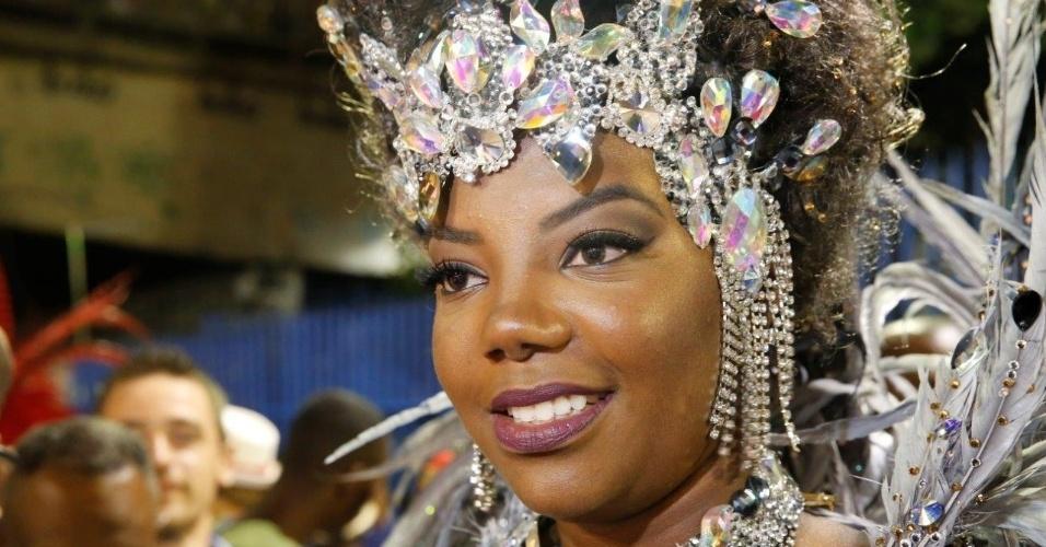 "8.jan.2016 - A cantora é um dos destaques da escola que apresenta o enredo ""Ópera dos Malandros"" na noite de segunda"