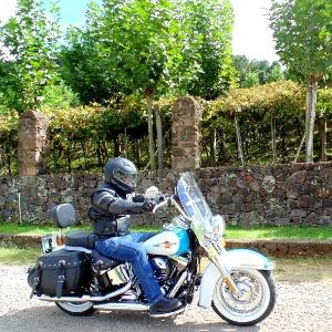 Passeio pelas serras gaúchas atrai motociclistas e moto-romarias - Cézar Fuchs/Infomoto