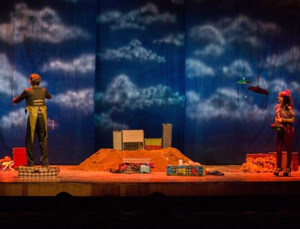 """O espetáculo """"Nuestra Senhora de Las Nuvens"""", do Clowns de Shakespeare (RN), tem desconto para moradores do Horto, bairro do Galpão Cine Horto - Divulgação / Rafael Teles"""