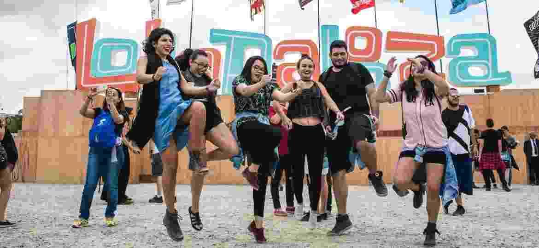 O público do Lollapalooza aproveitou muito o festival curtindo os shows na grade ou no gramado e tirando muitas selfies no Autódromo de Interlagos - Felipe Gabriel/UOL