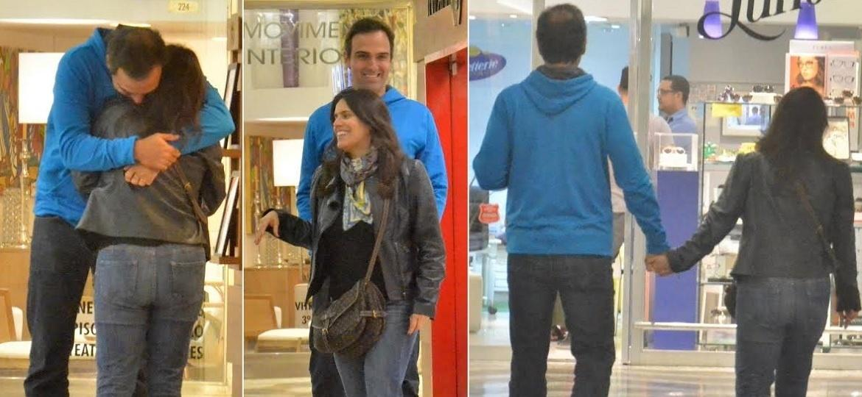 """Tadeu Schmidt, apresentador do """"Fantástico"""", passeia com a mulher, Ana Cristina, em shopping no Rio de Janeiro - AgNews"""