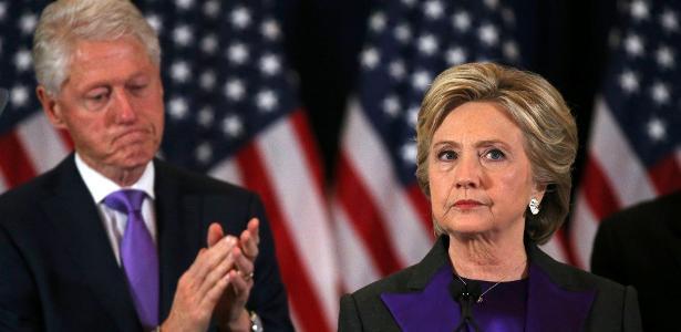 "Jornal The Washington Post"" publicou que o Partido Democrata e a campanha de Hillary contrataram os serviços da empresa Fusion GPS"
