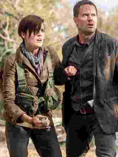 """Althea (Maggie Grace) e John (Garret Dillahunt) são os novos personagens da quarta temporada de """"Fear the Walking Dead"""" - Dilvulgação - Dilvulgação"""