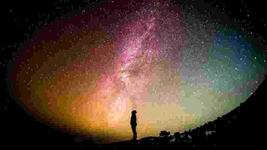 Céu de outubro: vêm surpresas por aí - Greg Rakozy/Unsplash