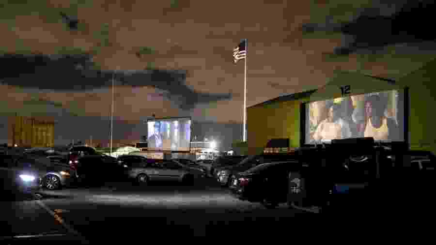 Drive-in em Fort Lauderdale, no estado da Flórida - Reuters