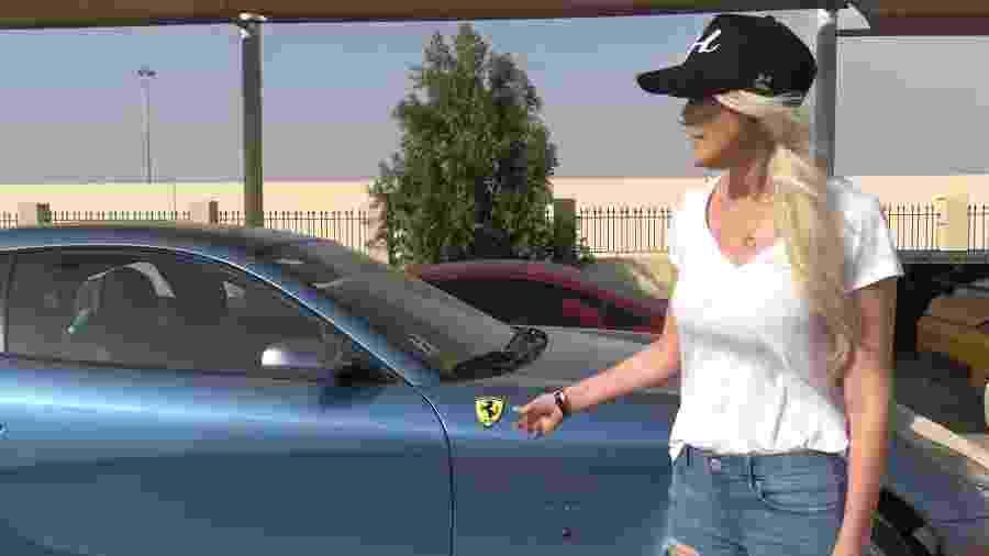 Youtuber visita cemitério de carros em Dubai - Reprodução