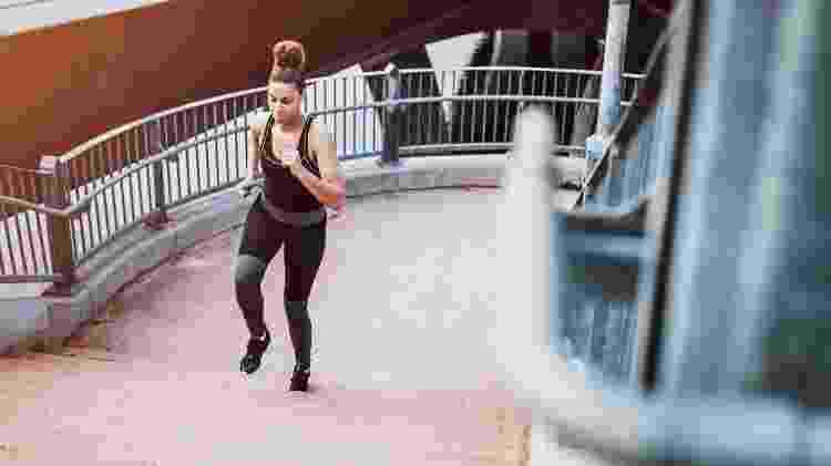 Treino na escada, HIIT, exercício, corrida - iStock - iStock