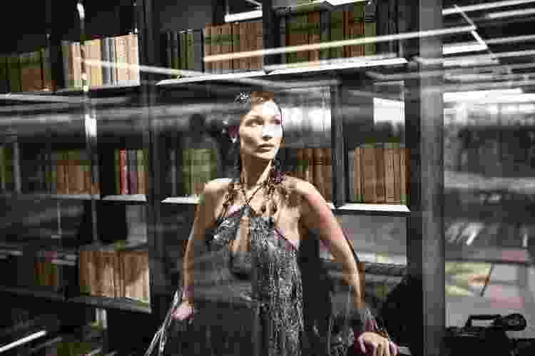 Bella Hadid | Fendi - Reprodução - Reprodução
