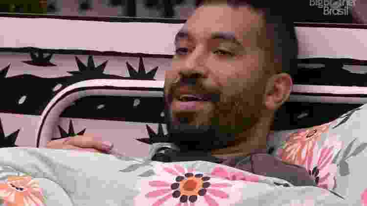 BBB 21: Gilberto conversa no quarto cordel - Reprodução/ Globoplay - Reprodução/ Globoplay