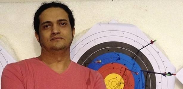 O poeta palestino Ashraf Fayadh, condenado a morte na Arábia Saudita - Instagram/Reprodução
