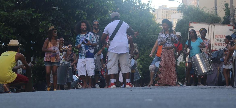 Ensaio do bloco afro Illu Ina na Aparelha Luzia - Divulgação
