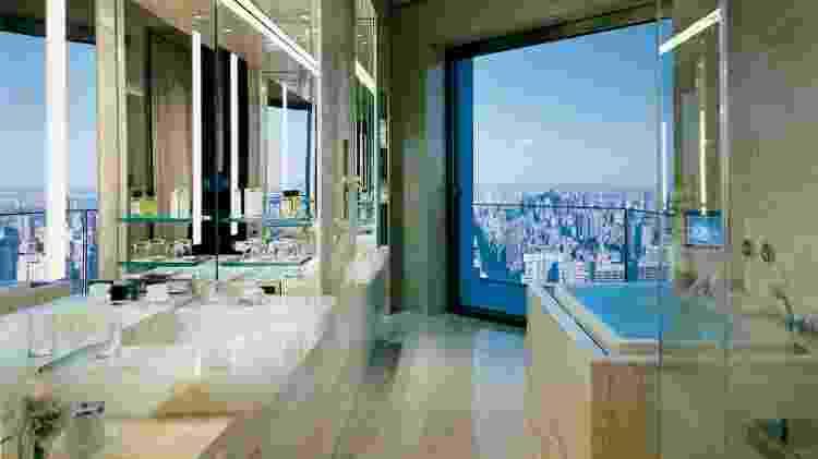 Banheiro da Ty Warner Penthouse, no Four Seasons Hotel New York  - Divulgação/Four Seasons Hotel New York - Divulgação/Four Seasons Hotel New York