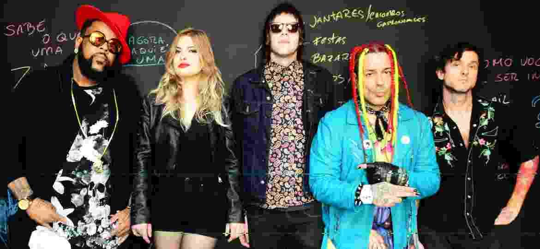 Vandinho Carvalho (bateria), Isa Nielsen (guitarra), Johnny Zanei (baixo),  Edu K (voz) e Chuck Hipolitho (guitarra) - Divulgação