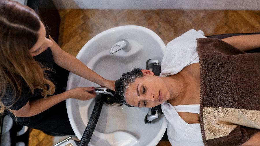 Empresas com atividade de cabeleireiros tiveram crescimento - iStock