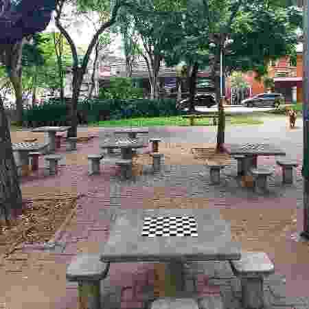 Praça Lions: a poucos metros da primeira unidade - Arquivo pessoal - Arquivo pessoal
