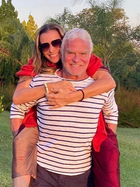 Mônica Martelli e o namorado, Fernando Altério - Reprodução/Instagram