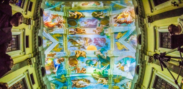 A Igreja São Luis Gonzaga, na Paulista, recebe projeções inspiradas na Capela Sistina durante o Natal Iluminado - Divulgação
