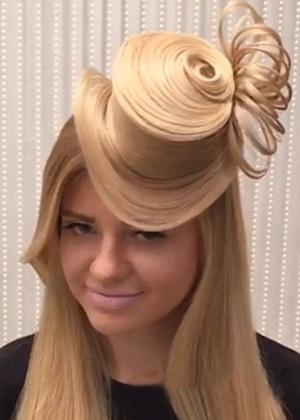 Penteado em formato de chapéu foi criado pelo russo Georgiy Kot - Reprodução/Instagram/georgiykot
