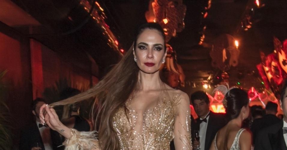 28.jan.2016 - Luciana Gimenez no baile Pop África da Vogue, realizado em um hotel em São Paulo