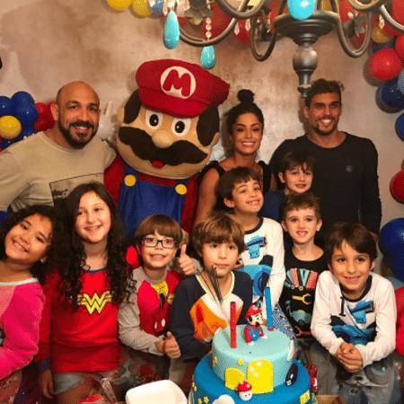 Aline Riscado fez festa de aniversário para o filho e reuniu o ex-marido e o atual namorado - Reprodução/Instagram/aline_riscado