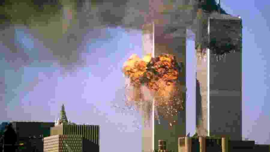 Ataques com aviões ao World Trade Center, em Nova York, em setembro de 2001 - Reuters