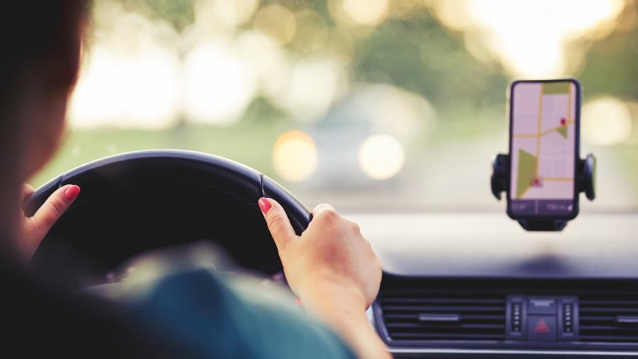 Mulheres motoristas de aplicativo passam por violência e assédio  - iStock