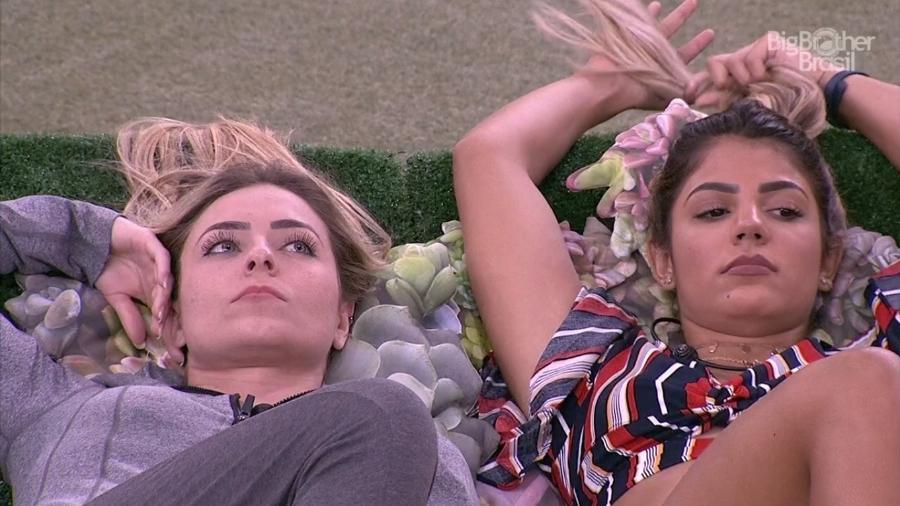 Paula e Hariany conversam com Hana - Reprodução/TvGlobo