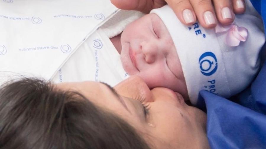 Thais Fersoza compartilhou imagens do nascimento da filha - Reprodução/Instagram