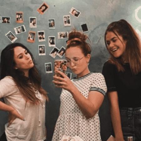 Maisa postou foto antiga ao lado de Larissa e Tatá no aniversário da humorista - Reprodução/Instagram/@maisa