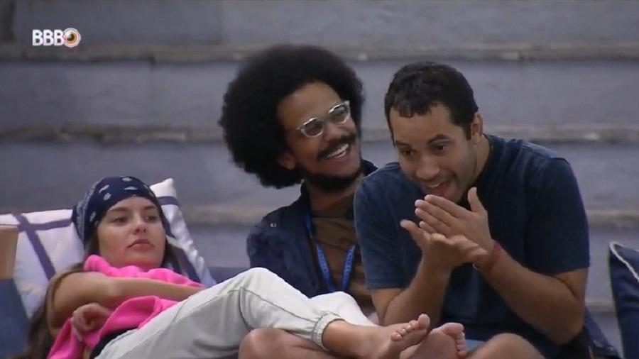BBB 21: Gil mostra pentelhos aos brothers - Reprodução/Globoplay
