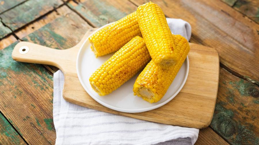No micro-ondas, milho é fácil de fazer - Getty Images/Westend61