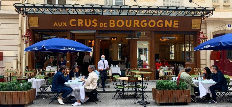 Fachada do restaurante francês Aux Crus de Bourgogne - Reprodução