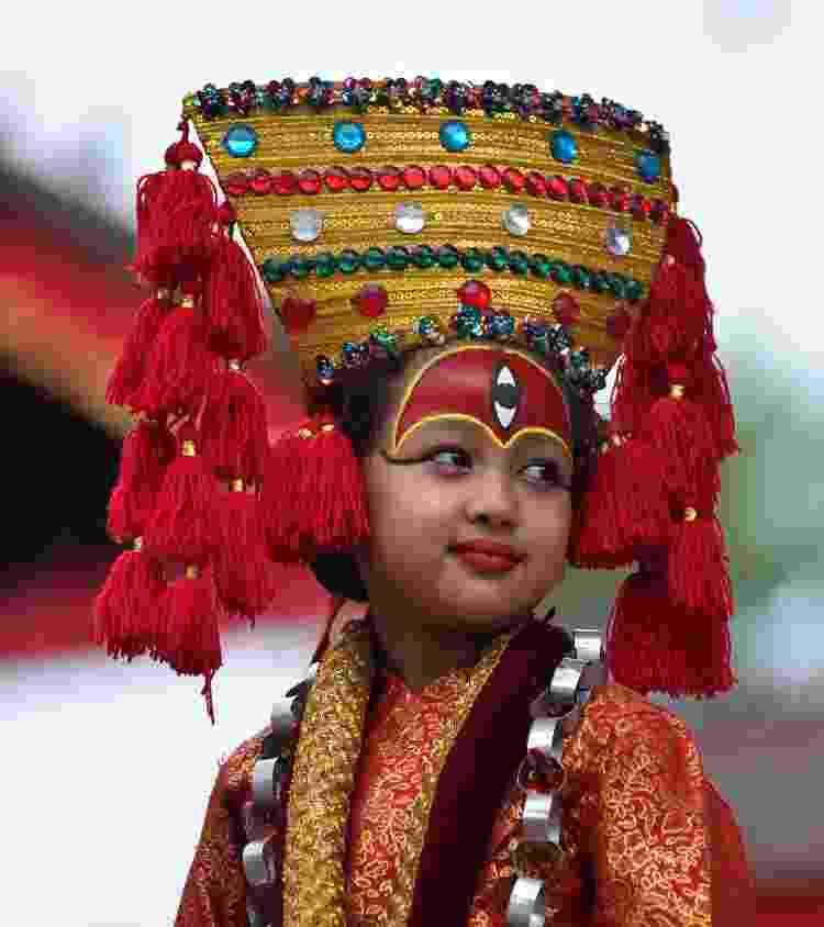 Menina personificando uma Kumari em festividade no Nepal - Getty Images - Getty Images