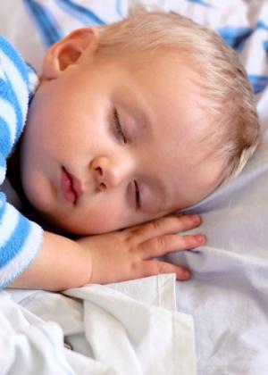 A babá inglesa Lucy Shrimpton ensina técnicas para ninar crianças de 0 a 6 anos - Getty Images