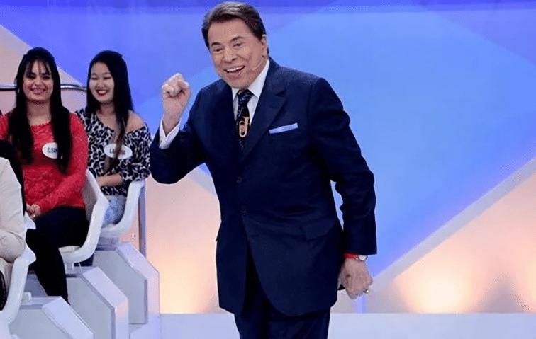 31.jan.2016 - Silvio Santos reclama de Faustão