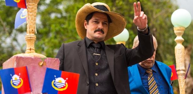 """Em """"Velho Chico"""", Carlos Eduardo, Marcelo Serrado, se apresenta à cidade como o novo coronel Saruê - Estevam Avellar/Globo"""