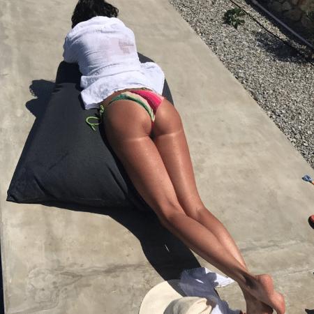 Luciana Gimenez toma sol na Grécia - Reprodução/Instagram/lucianagimenez