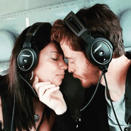 Adriana Lima e o namorado, Metin Hara - Reprodução/Instagram