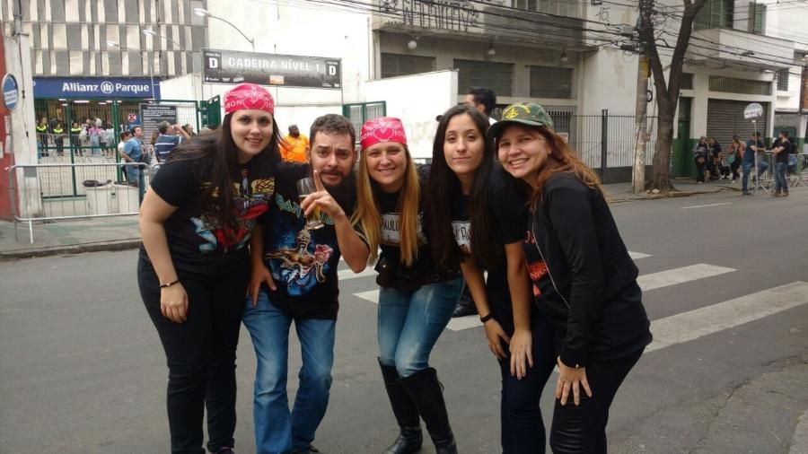 Helena, Thiago, Fernanda, Camilly e Ângela fizeram loucuras pelo Bon Jovi - Renata Nogueira/UOL