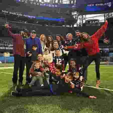 Tom Brady publica foto com Gisele Bündchen e os filhos no estádio do New England Patriots, na véspera do Super Bowl - Reprodução/Instagram/tombrady - Reprodução/Instagram/tombrady