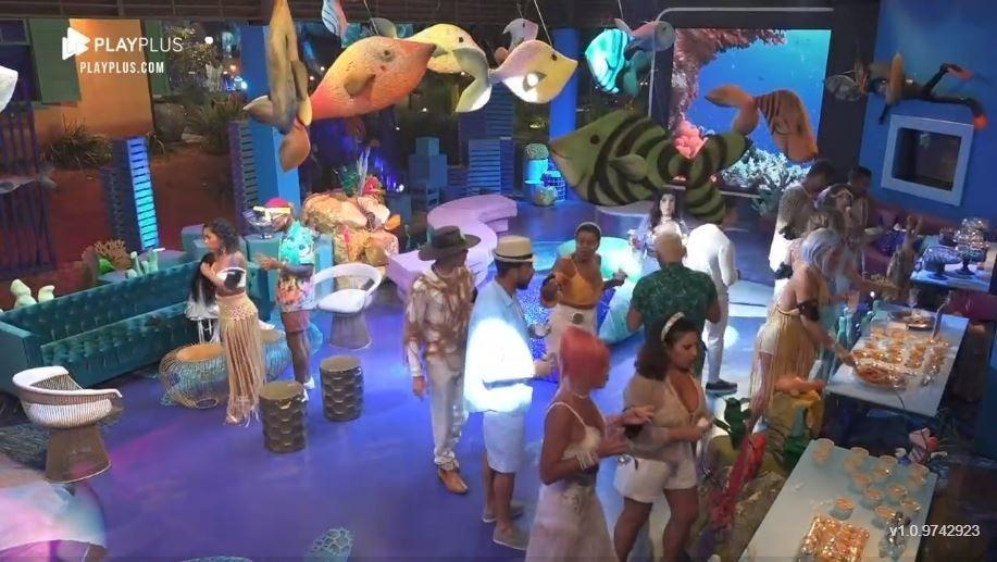 The Farm 2021: Decoraciones para fiestas en el mar profundo - Clone / Play Plus