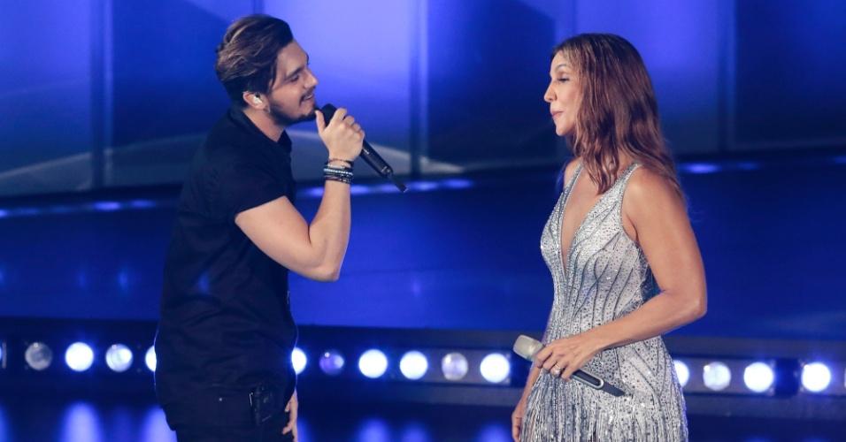 8.abr.2016 - Luan Santana canta com Ivete Sangalo na gravação do DVD acústico da cantora em Trancoso, na Bahia