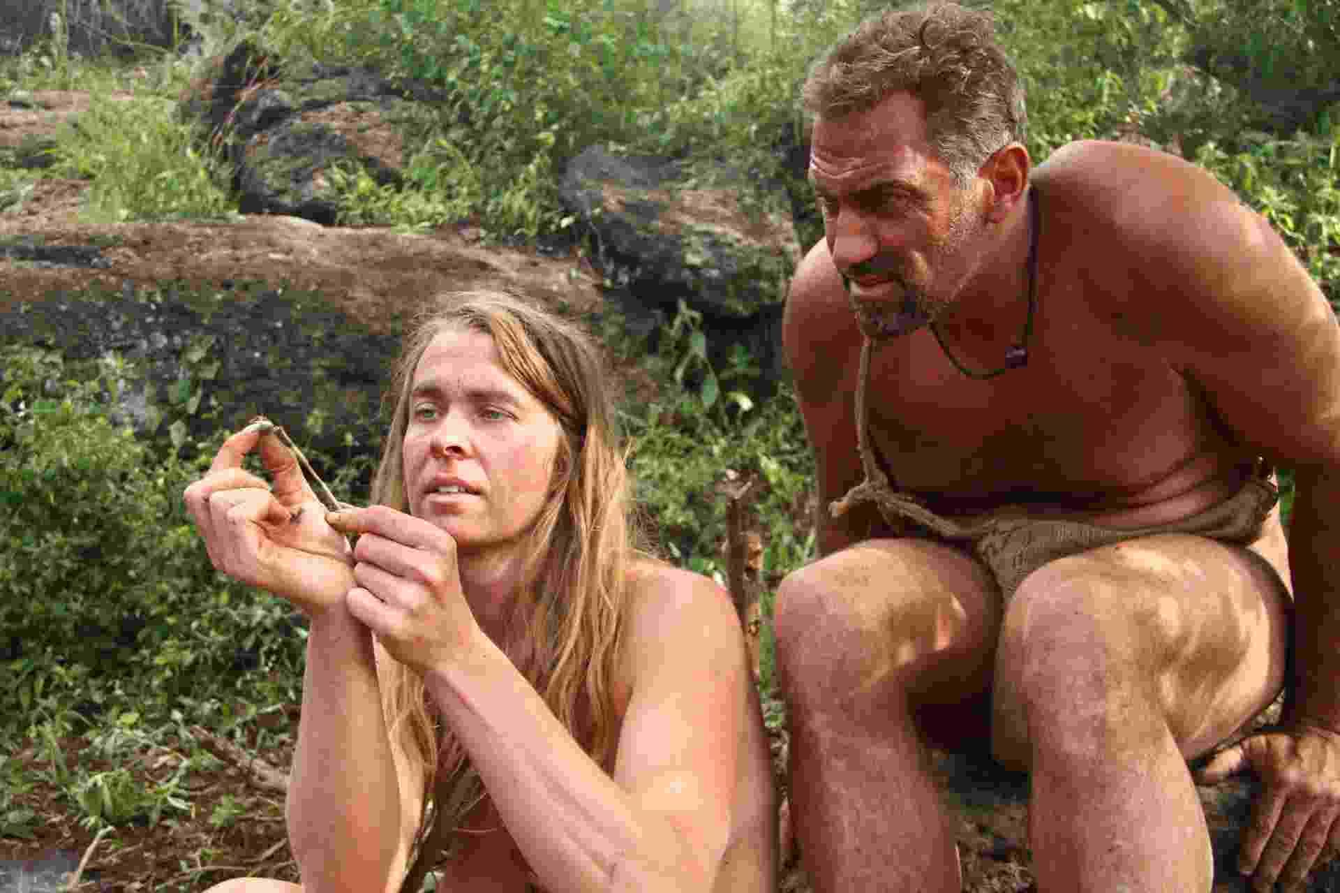 """No reality show """"Largados e Pelados"""", da Discovery, duplas formadas por homens e mulheres enfrentam desafios de sobrevivência em ambiente selvagem - Divulgação/Discovery"""