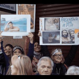 17.nov.2016 - Na noite desta quinta-feira, milhares de fãs de reuniram no Luna Park, uma tradicional casa de espetáculos de Buenos Aires, para acompanhar a transmissão do capítulo em que as águas do Mar Vermelho se abrem - Grégoire Bouquet/UOL