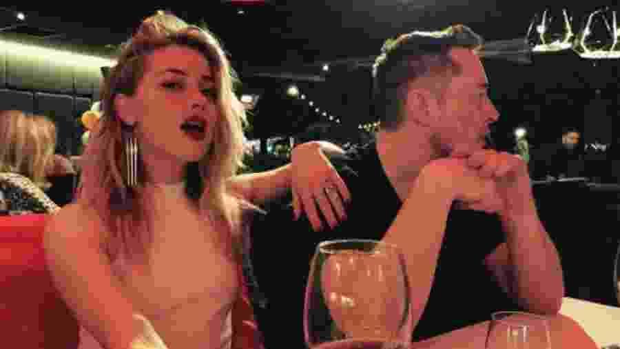 Amber Heard com o namorado, Elon Musk, em jantar na Austrália - Reprodução/Instagram/amberheard