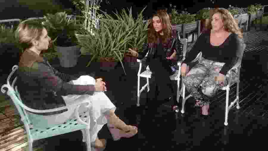 Resultado de imagem para Juliana Paes fica cara a cara com Fabiana Escobar, a Bibi Perigosa real